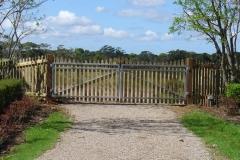 Steel framed picket gates - LA-W20