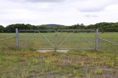 Chain wire gates - LA-S01