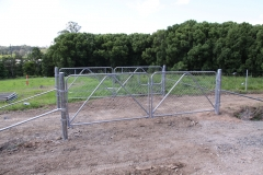 Steel post & chain wire gates - CI-S11
