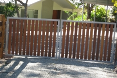 Hardwood slat powder coated steel framed gates - RD-S03